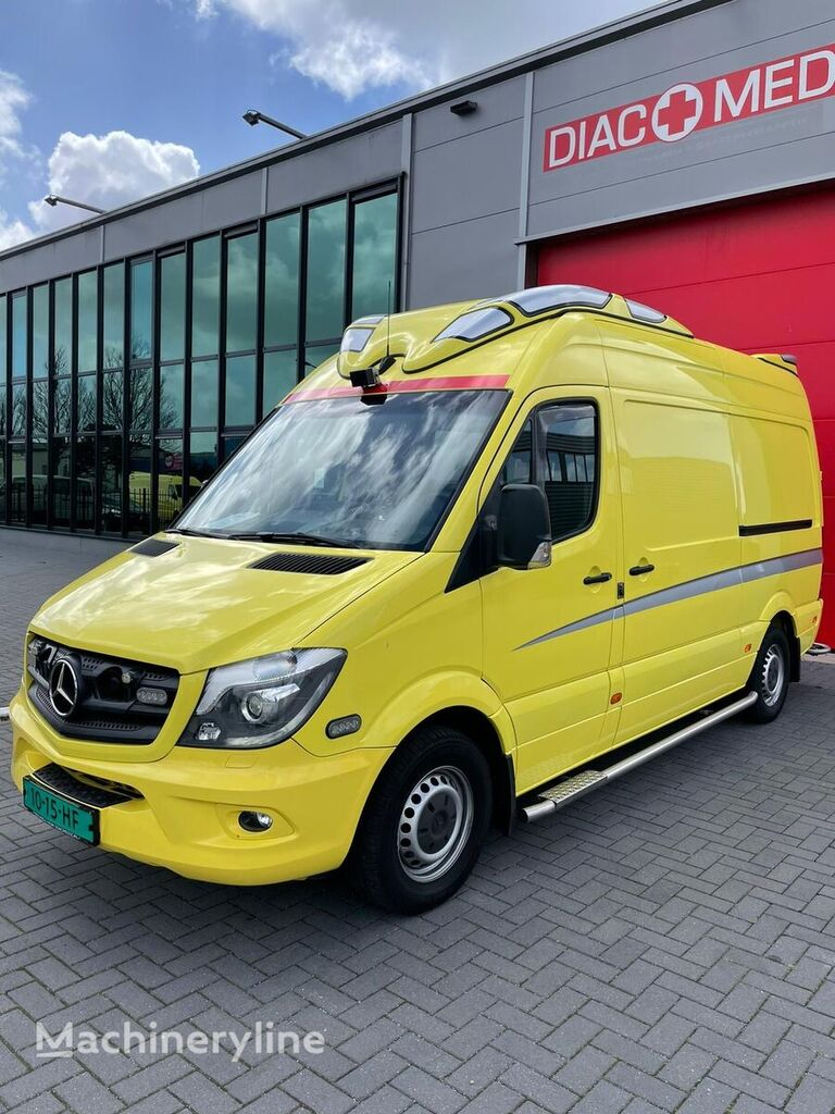 ambulanza MERCEDES-BENZ CAMPER - Sprinter CDI 319 (Camper Kenteken)
