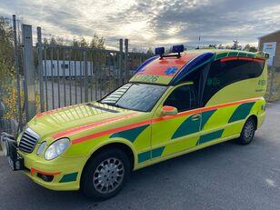 ambulanza MERCEDES-BENZ E280 CDI - AMBULANCE/Krankenwagen/ambulans