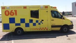 ambulanza MERCEDES-BENZ SPRINTER 319